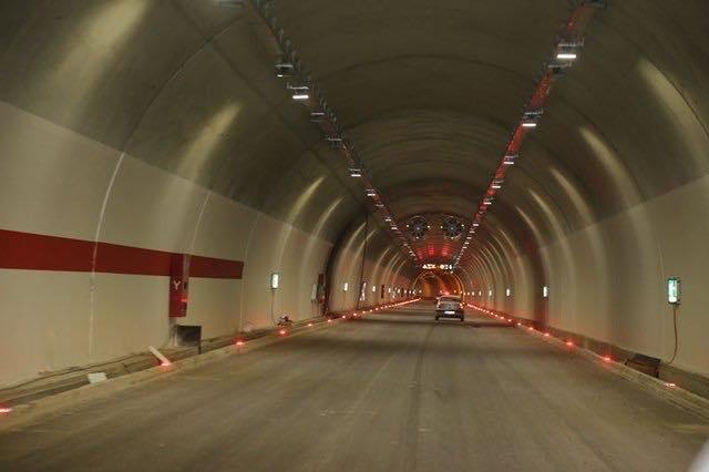 Ovit Tunnels-1